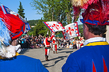 The Flagwavers (sbandieratori ) (bandierai degli Uffizi), San Martino a Mensola, Firenze province, Tuscany, Italy, Europe