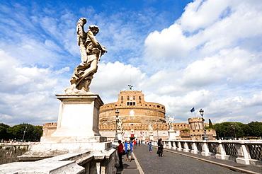 Mausoleum of Hadrian also known as Castel Sant'Angelo, Ponte Sant'Angelo, Unesco World Heritage Site, Rome, Latium, Italy, Europe