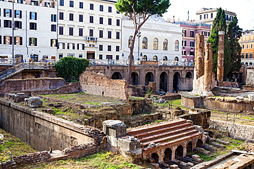 Ruins of Roman temples at Area Sacra di Largo di Torre Argentina, Rome, UNESCO World Heritage Site, Lazio, Italy, Europe