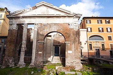 Portico of Octavia 27 BC, UNESCO World Heritage Site, Rome, Lazio, Italy, Europe