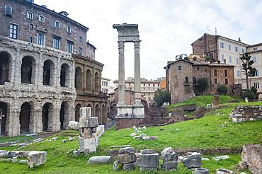 Theatre of Marcellus left, Ruins of Temple of Apollo Sosiano, UNESCO World Heritage Site, Rome, Lazio, Italy, Europe