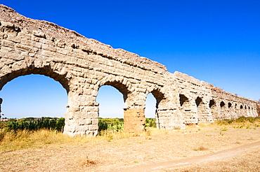 Parco degli Acquedotti, Appian Way Park, remains of Roman aqueduct Claudio (Aqua Claudia), Rome, Lazio, Italy, Europe