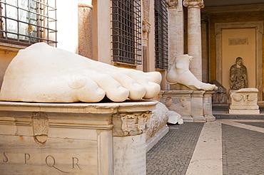 Foot of Colossus of Constantine, Musei Capitolini, Capitoline Hill, UNESCO World Heritage Site, Rome, Lazio, Italy, Europe