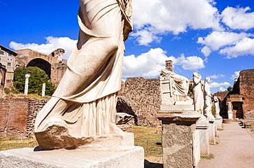 Statues at House of the Vestal Virgins, Roman Forum, UNESCO World Heritage Site, Rome, Lazio, Italy, Europe