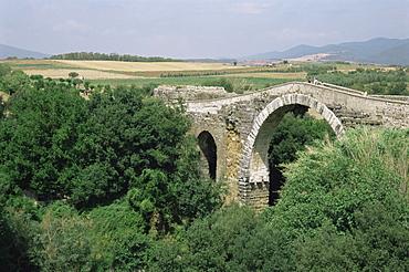 Roman bridge, Vulci, Lazio, Italy, Europe