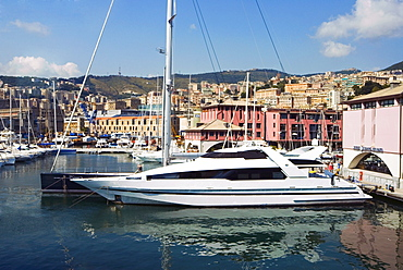 Waterfront, Porto Antico (Ancient Port), Genova, Liguria, Italy, Europe