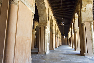 Ahmed Ibn Tulun Mosque, UNESCO World Heritage Site, Cairo, Egypt, North Africa, Africa
