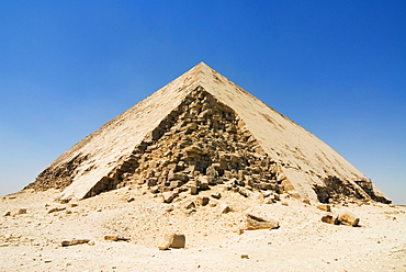 The Bent Pyramid at Dahshur, UNESCO World Heritage Site, near Cairo, Egypt, North Africa, Africa