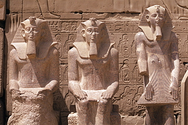 Statues of Ramses II (Ramses the Great), Karnak Temple, Thebes, UNESCO World Heritage Site, Egypt, North Africa, Africa