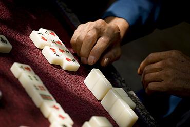 Playing Mahjong, Dali, Yunnan, China, Asia