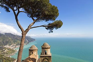 The twin domes of San Pantaleone Church from Villa Rofolo in Ravello, Amalfi Coast (Costiera Amalfitana), UNESCO World Heritage Site, Campania, Italy, Mediterranean, Europe