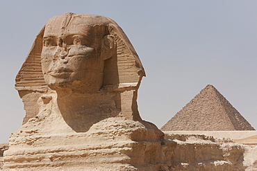 The Sphinx and the Pyramid of Menkaure in Giza, UNESCO World Heritage Site, near Cairo, Egypt, North Africa, Africa