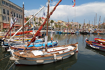 Traditional fishing boats moored in the harbour at Sanary-sur-Mer, Provence, France, Europe