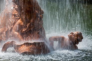 Fountain in the grounds of the Royal Palace of La Granja de San Ildefonso near Segovia, Castilla y Leon, Spain, Europe