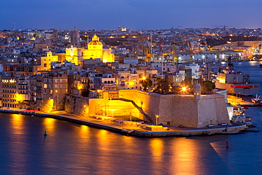 Night view of Senglea, one of the Three Cities, and the Grand Harbour in Valletta, European Capital of Culture 2018, Valletta, Malta, Mediterranean, Europe