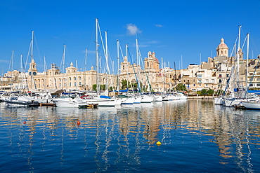 Boats moored in Grand Harbour marina at Birgu, Valletta, Malta, Mediterranean, Europe