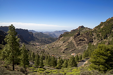 Valley road near Roque Nublo in the Nublo Rural Park in the centre of Gran Canaria, Canary Islands, Spain, Europe