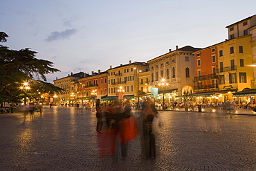 Piazza Bra in the evening, Verona, Veneto, Italy, Europe