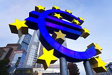 European Central Bank and Euro Symbol, Willy Brandt Platz, Frankfurt-am-Main, Hessen, Germany, Europe