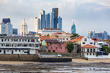 Historic and modern city skyline, Panama City, Panama, Central America