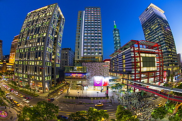 Xinyi downtown district, the prime shopping and financial district of Taipei, Taipei, Taiwan, Asia
