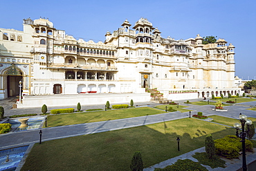 City Palace in Udaipur, Rajasthan, India, Asia