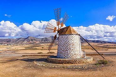 Molino de Tefia, traditional windmill in Tefia, Fuerteventura, Canary Islands, Spain, Atlantic, Europe - 794-4798
