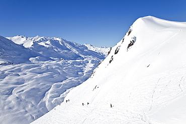 Europe, Austria, Tirol. St. Anton am Arlberg, resort pistes and mountain ranges