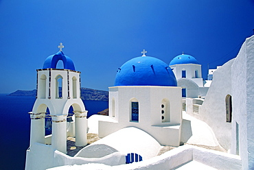Oia in spring, Santorini, Cyclades, Greek Islands, Greece, Europe