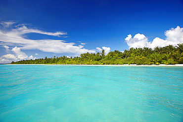 Tropical island and lagoon, The Maldives, Indian Ocean, Asia - 795-653
