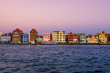 Colourful buildings, architecture in capital city Willemstad, Curacao, UNESCO World Heritage Site, ABC Islands, Dutch Antilles, Caribbean, Central America