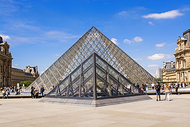 Leoh Ming Pei glass Pyramid in Napoleon Courtyard, The Louvre, Paris, France, Europe