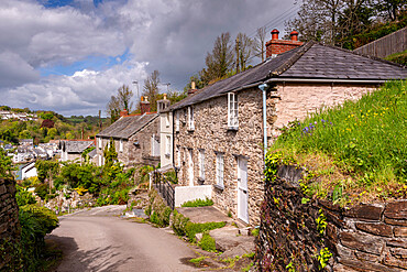 Pretty cottages in the Cornish village of Bodinnick near Fowey, Cornwall, England. Spring (May) 2015.