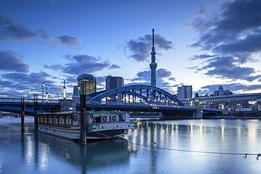 Tokyo Skytree and Komagata Bridge at dawn, Tokyo, Honshu, Japan, Asia
