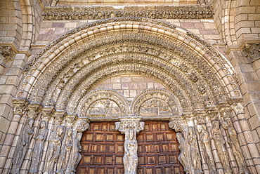 Detailed doorway entrance, Basilica de San Vincente, Avila, UNESCO World Heritage Site, Castile and Leon, Spain, Europe
