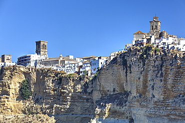 Overview from the south, Arcos de la Frontera, Andalucia, Spain, Europe