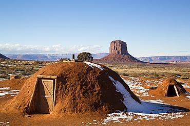 Navajo Hogan, Monument Valley Navajo Tribal Park, Utah, United States of America, North America