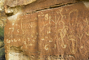 Petroglyphs, up to 1500 years old, Crow Canyon, New Mexico, United States of America, North America