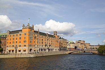 Rosenbad Federal Government Building on the left, Stockholm, Sweden, Scandinavia, Europe