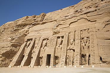 Temple of Hathor and Nefertari, UNESCO World Heritage Site, Abu Simbel, Nubia, Egypt, North Africa, Africa