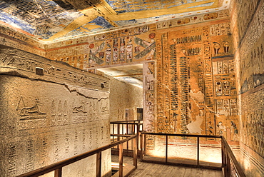 Sarcophagus in Burial Chamber, Tomb of Ramses IV, KV2, Valley of the Kings, UNESCO World Heritage Site, Luxor, Thebes, Egypt, North Africa, Africa