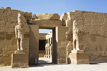 Entrance, Temple of Ramses III, Karnak Temple Complex, UNESCO World Heritage Site, Luxor, Thebes, Egypt, North Africa, Africa