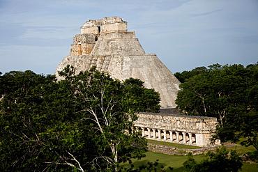The Pyramid of the Magician, Uxmal, UNESCO World Heritage Site, Yucatan, Mexico, North America - 804-439