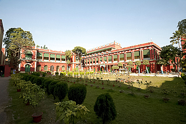 Rabindranath Tagore's House and Museum, an impressive mansion built in 1784, family home of the Takur (Tagore) family, Kolkata (Calcutta), West Bengal, India, Asia
