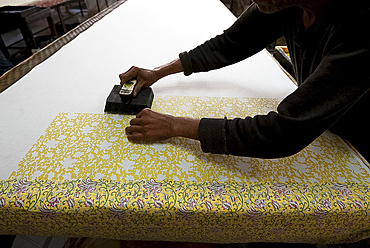 Hand block printing on cotton fabric, one colour at a time, Bagru, Rajasthan, India, Asia