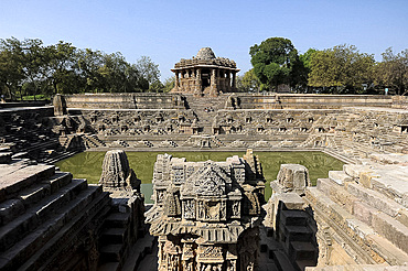 Modhera Sun Temple, built in 1026 to 1027, ornately carved in stone and dedicated to the solar deity Surya, Modhera, Mehsana district, Gujarat, India, Asia