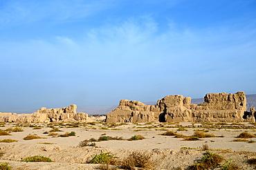 Ruined ancient Silk Road oasis city of Gaochang, Taklamakan desert, Xinjiang, China, Asia