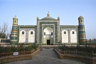 Afaq Khoja Mausoleum, built around 1640, the holiest Muslim site near Kashgar, Xinjiang Province, China, Asia