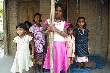 Village girls, Ganeshpahar village, Brahmaputra, Assam, India, Asia