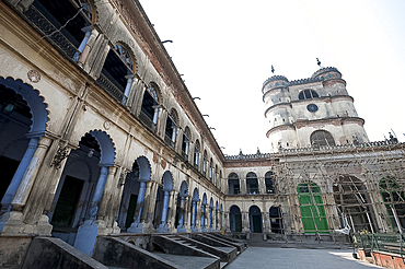 Arched madrasa rooms in the Hugli Imambara, on the west bank of the Hugli river, West Bengal, India, Asia